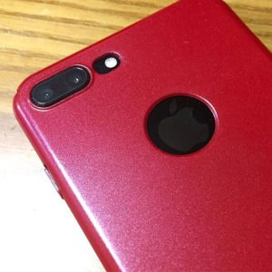 iPhone7PlusのProduct(RED)ぽく、薄型ケースにメタリックレッド塗装してみた。なかなかな仕上がりに(自己)満足♪
