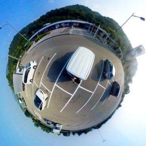 徳島自動車道、上板SAでパノラマ撮影。ちなみに、Gear360で撮影してTHETA+アプリで加工。やっぱりアプリの使い勝手は、RICOHに一日の長あり。
