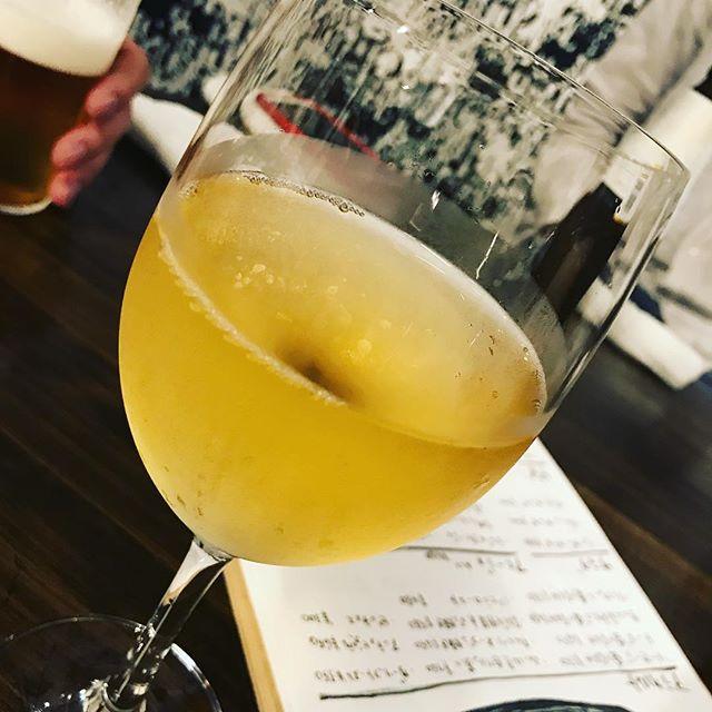 AEDの生配信後にお食事会♪ノンアルコール白ワインって、初めて飲む!って、これ、ぶどうジュースなのか??