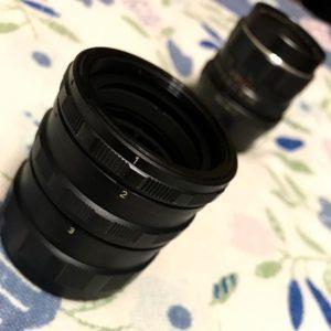 本日のハードオフジャンク戦利品。M42スクリューマウント用の接写リング。レンズとボディの間に挟み込んでグイッと寄った撮影ができるシロモノ、864円なり。これで、SMCタクマー55mm+OM-Dがおバカマクロ撮影デジカメに大変身!なのだ。何倍相当か、検討つかんwww