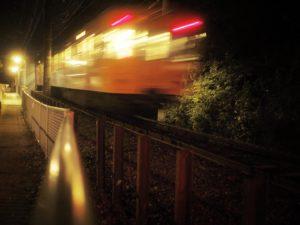 大昔の110フィルム用カメラ(auto110)のレンズも久々に引っ張り出して使ってみる。意外とキチンと写ってちょっと面白くないので、フィルター処理でトイ風にいじってみた、の図。ちなみに撮影した伊予鉄道石手川公園駅は、現役鉄道橋としては日本最古のトラス橋なのだそう。明治時代に作られたそうです。機材:OLYMPUS OM-D(E-M10)&PENTAX auto110用レンズ(24mmF2.8)#lofigrapher